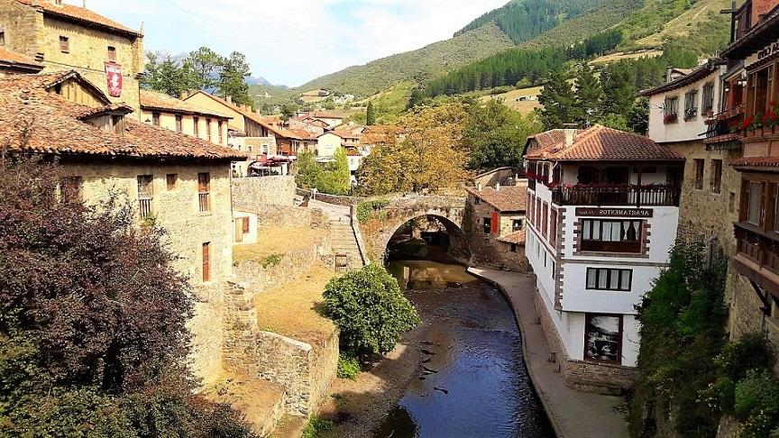 Potes, una villa medieval en el corazón de Cantabria